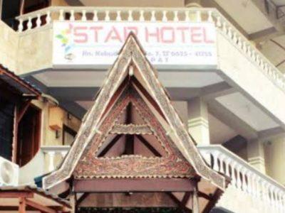 RedDoorz Star Hotel